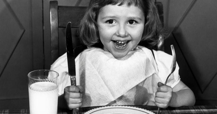 Selfish Mother LittlE Girl Eating